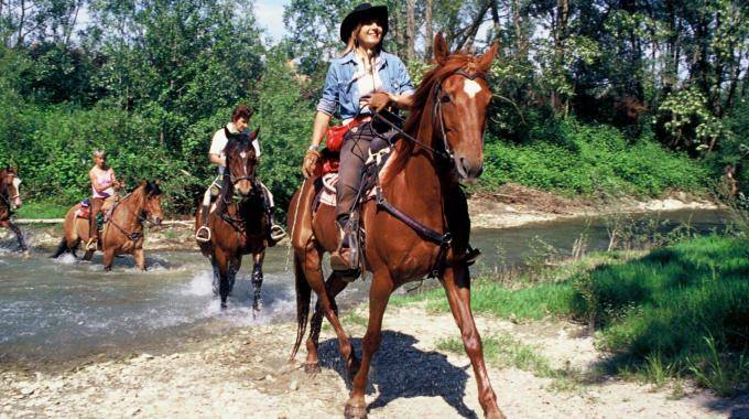 On Saturday 16th of September: FIRST HORSE RIDE ON THE VIA ROMEA  and PRESENTATION OF THE GUIDE IN FERRARA